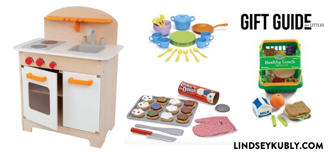 gift guide for kids: a play kitchen set