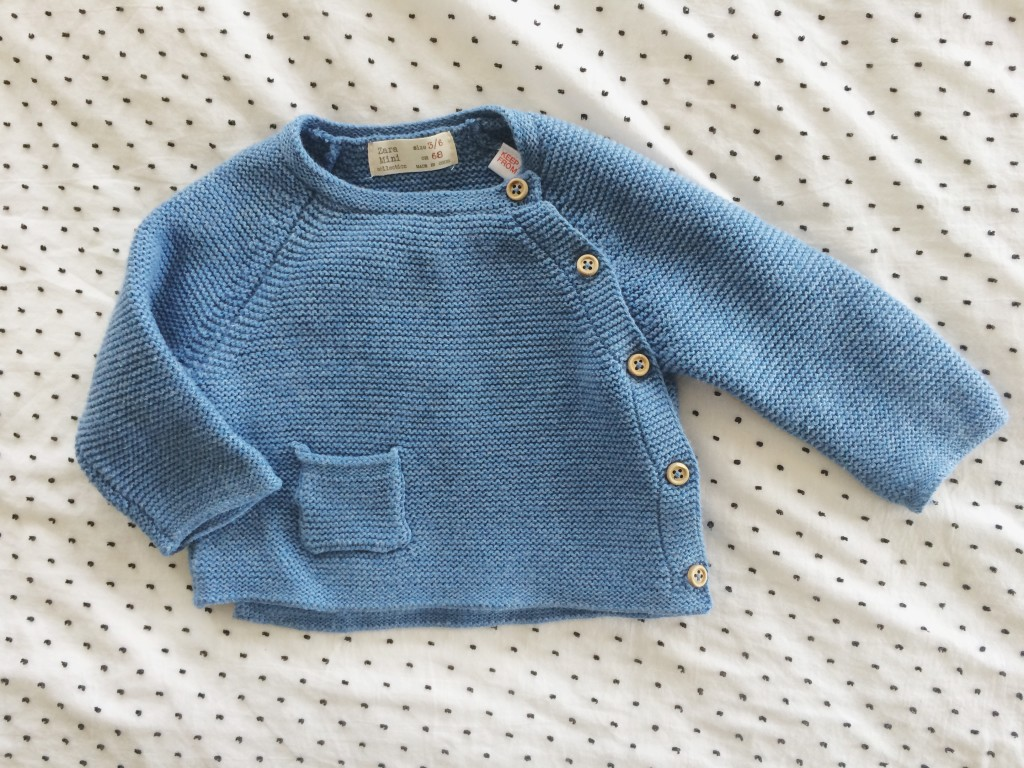 baby sweaters. so sweet.