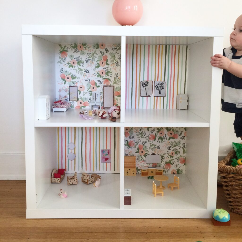 Simple DIY Bookcase Dollhouse